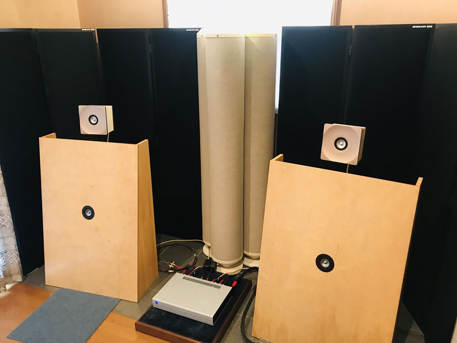 効率的にオーディオ・レコーディングルームの吸音効果を高める方法